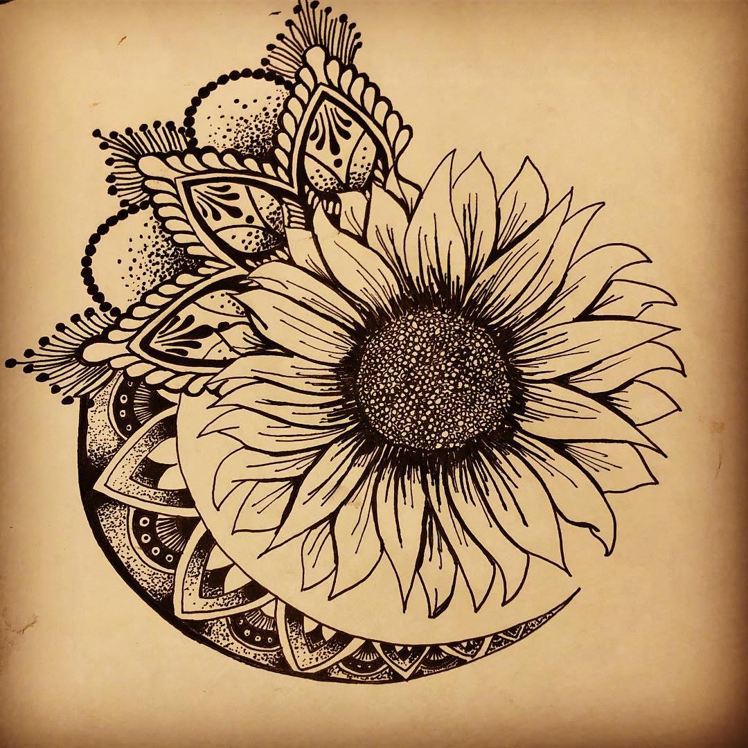搞数码产品店的谢小姐梵花太阳花纹身手稿
